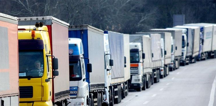 Из-за жары в Киеве введено ограничение движения для грузовиков