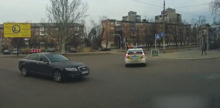 В Киеве из-за ДТП ограничено движение: где именно