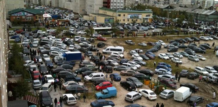 В Украине запретят парковки внутри новых жилых кварталов