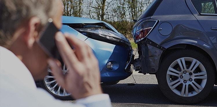 Порядок и сроки обращения в страховую компанию в случае ДТП