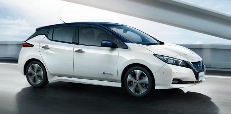 Новый Nissan Leaf бьет рекорды продаж