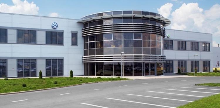 Volkswagen распродает часть своих заводов